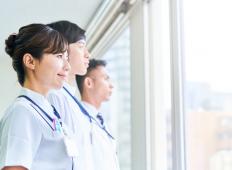 臨床検査技師・臨床工学技士・診療放射線技師の違いと学校の選び方