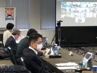 アルコール健康障害対策基本計画(第2期)の全体構成素案を議論した関係者会議(29日、東京都内)